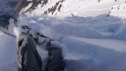 Snowboarder filmt hoe hij met veel geluk ontsnapt uit lawine