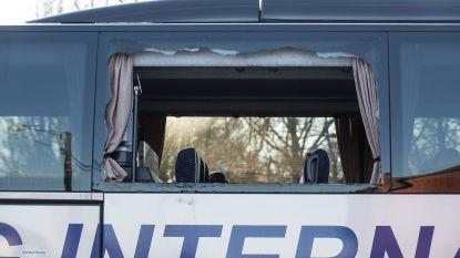 Na de rellen: eerste busmaatschappij stopt met vervoer supporters (en wellicht volgen er nog)