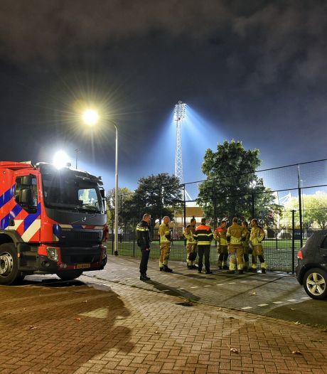 Zwaar vuurwerk aangetroffen bij trainingscomplex Willen II, zeven mannen aangehouden