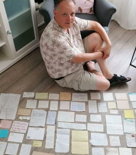 Henk spaart gevonden handgeschreven briefjes: 'Het bezoek is om vijf uur weg, kom dan maar langs'
