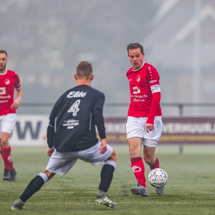 Martijn Rexwinkel (hier op archief, toen hij nog bij de Reünie speelde) maakt een onverwacht goede start bij zijn oude club DEO.