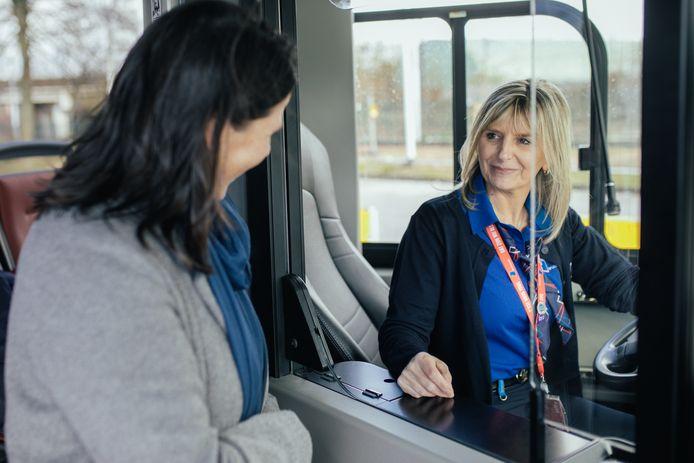 De app is een spel waarbij je de handelingen van een buschauffeur zo goed mogelijk en binnen een bepaalde tijd moet uitvoeren.