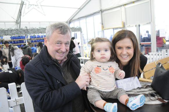 Roland, zijn kleindochter Mona en dochter Sarah beleefden een fijne tijd in Wintermagie.