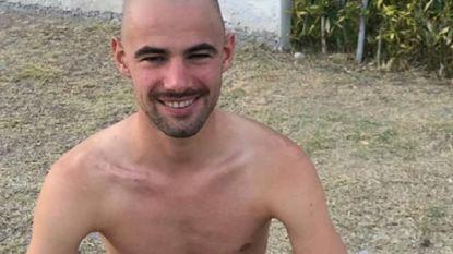 Victor Campenaerts voegt de daad bij het woord en scheert zich kaal