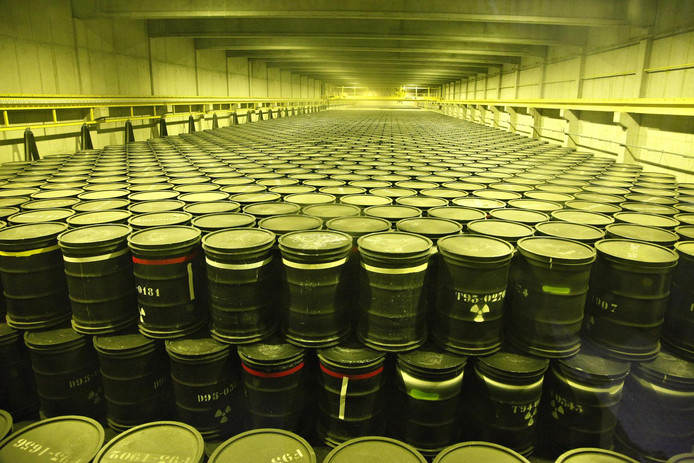 Actuellement, les quelque 4.300 m³ de déchets nucléaires hautement radioactifs sont entreposés sur le site de Belgoprocess, dans la commune de Dessel (province d'Anvers)