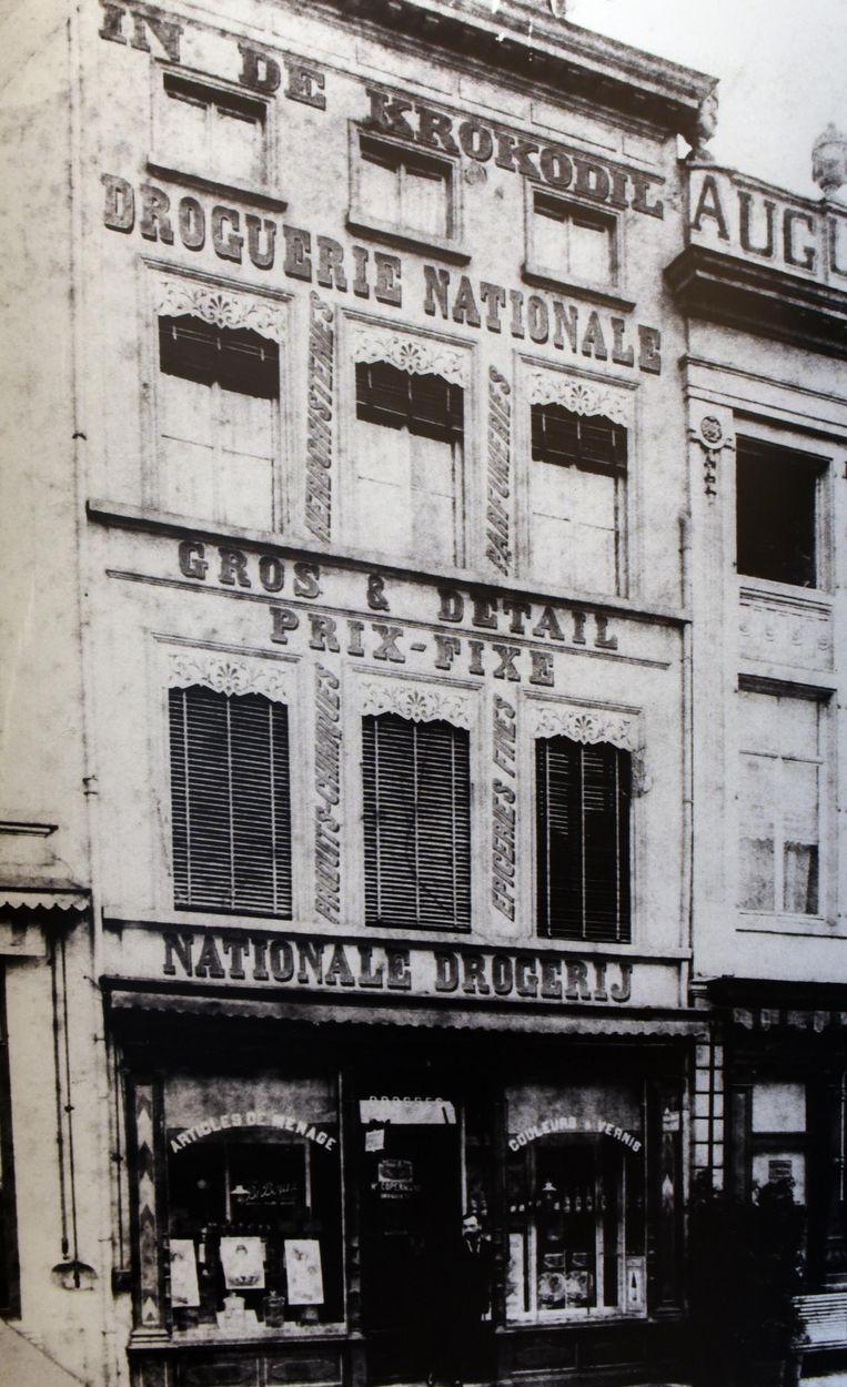 De eerste drogisterij van de familie Copermans op de Grote Markt anno 1900.