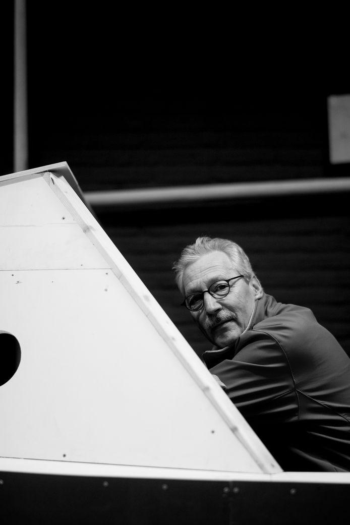 Huub Kwint, Swobrik-coördinator maar hier als decorbouwer aan het werk in Kesteren