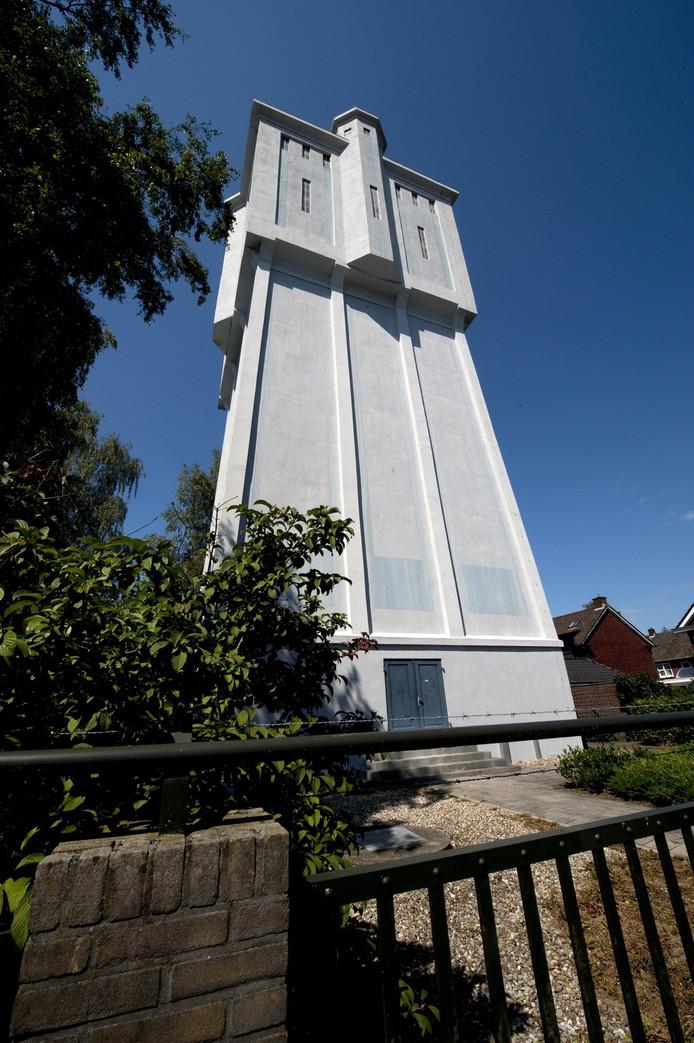 De watertoren aan de Reggestraat heeft al een woonbestemming.