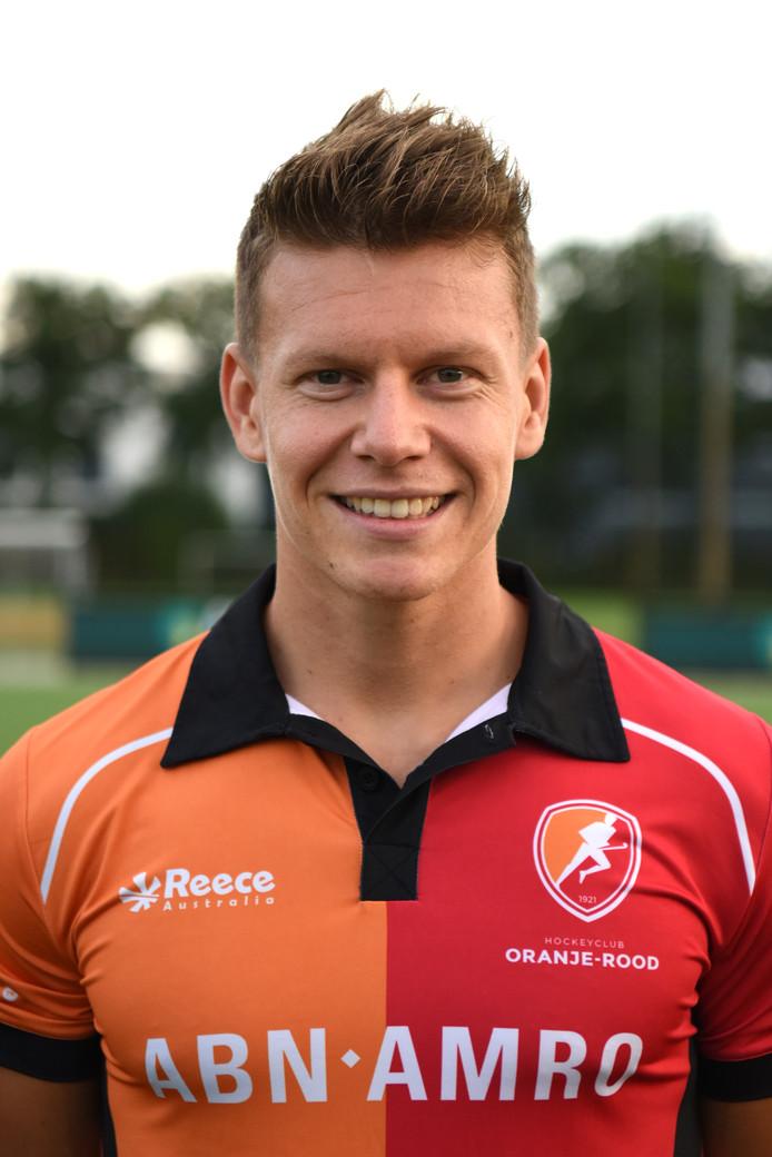 Jelle Galema speelde zondag tegen Bloemendaal zijn laatste thuiswedstrijd in het oranje-rood. De aanvaller maakte de 2-0 in het duel dat na 70 minuten in 2-2 eindigde.