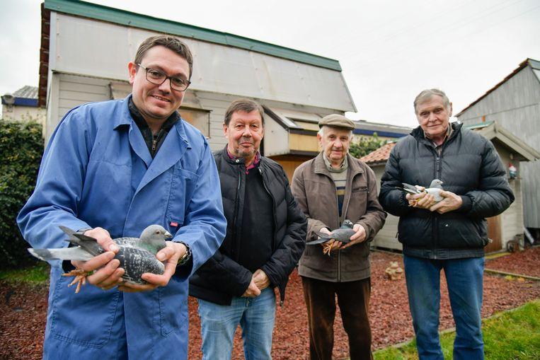 """Kenny, Jan, Roger en Robert: """"De duivensport is een traditie die niet verloren mag gaan."""""""