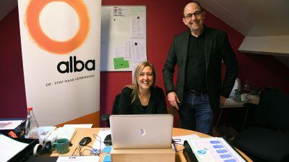 """Alba ondersteunt probleemjongeren en hun ouders: """"Doemdenken over de jeugd is absoluut niet nodig"""""""