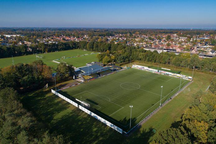 Het huis van DVS'33, zaterdag het strijdtoneel van de derby tegen VVOG.