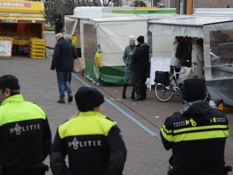 Minder drukke markt in Nieuwkoop na dreigement met schietdrama