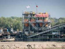 Vervuilde grond uit buitenland massaal gedumpt in Nederlandse plassen