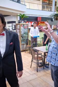 Hitchcock-klassieker 'Strangers on a train' in winkelcentrum de Passage