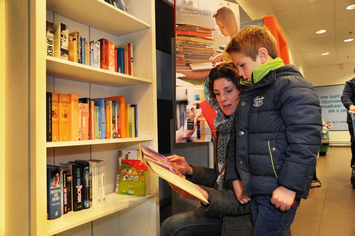 De boekenkast bij Albert Heijn