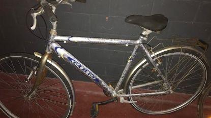Politie zoekt eigenaar van achtergelaten beschadigde fiets
