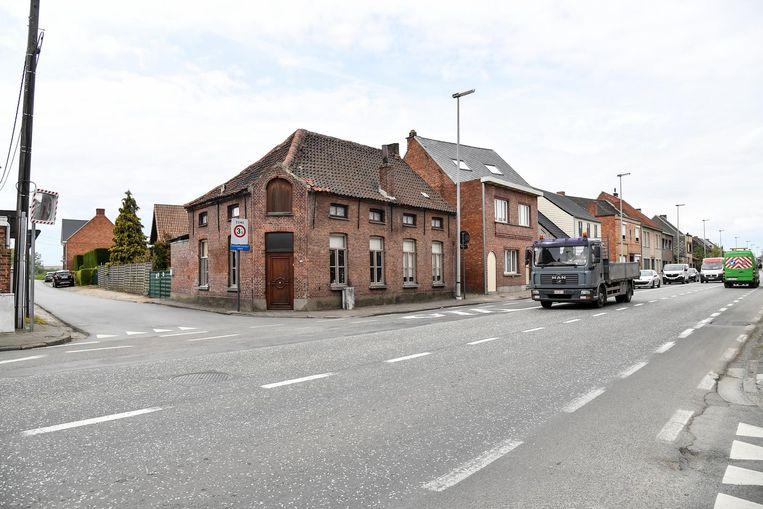 Het kruispunt van de Berkestraat met de Oudegemsebaan zal afgesloten worden wegens te gevaarlijk door de beperkte zichtbaarheid.