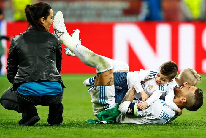 Sergio Ramos met vrouw en kinderen na weer een gewonnen Champiosn League-finale.