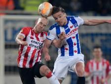 Kwetsbaar PSV voorkomt in extremis verlies in Heerenveen