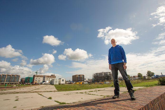 Deventenaar Norbert Busschers is de drijvende kracht achter festival Oeverloos in Zutphen.