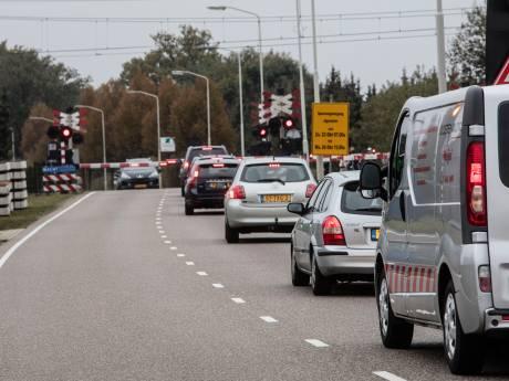 'Te veel vrachtwagens en gevaarlijke kruispunten': inwoners oordelen over verkeer Deurne