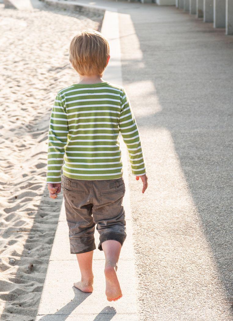 De brandwonden kunnen ontstaan doordat mensen op warme ondergronden, zoals terrastegels, lopen. Vooral kinderen zijn daar gevoelig voor.
