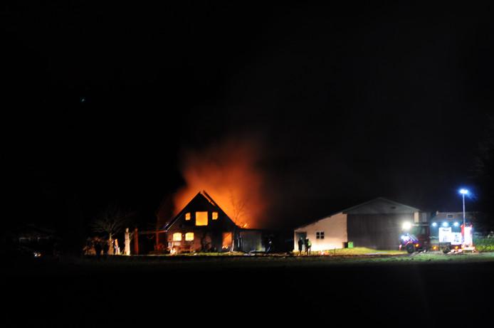 De brand woedde op Fortmond.