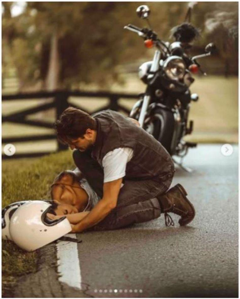 Cynici vroegen zich af of de gelikte foto van Tiffany Mitchell na haar ongeluk in scène was gezet. Beeld Instagram