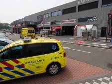 Aircomonteur zwaargewond bij val van vier meter hoogte in Veldhoven