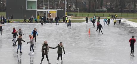 Weer extra ijsbanen open, dit keer in Steenderen en Varsseveld