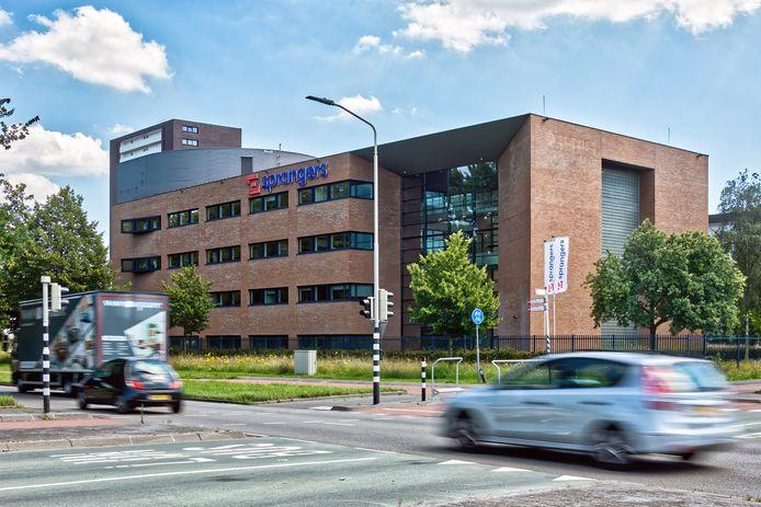 Het hoofdkantoor van bouwbedrijf Sprangers in Breda gezien van de noordelijke rondweg.