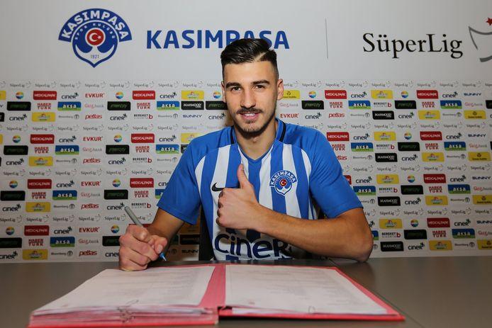 Berk Cetin tekende in januari nog een contract voor 3,5 seizoen bij Kasimpasa.