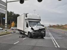 Taakstraf voor chauffeur die door rood rijdt en op auto knalt