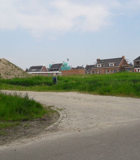 Steehof III in Yerseke mag massaal aan de aardwarmte