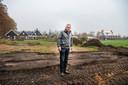 Harry Huisman, na een eerder conflict met Gerrit van den Brink. Die groef alle aanplant weg omdat Huisman geen recht zou hebben op dat stuk tuin.