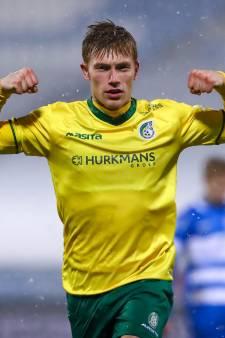 Uitgerekend Zian Flemming doet zwak PEC Zwolle pijn met fraaie goal