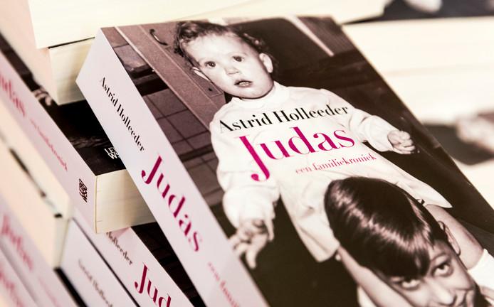 Het boek Judas van Astrid Holleeder was het best verkochte Nederlandse boek in 2016.
