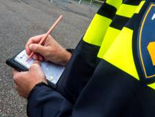 Man rijdt zonder rijbewijs door Apeldoorn, 'maar ik heb toch mijn theorie?'