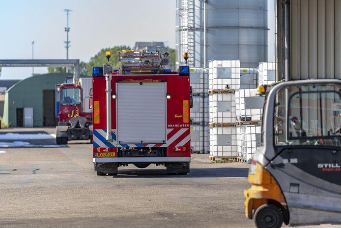 Bij Hoyer Liquid Drumming aan de Zeilmakerijweg in Oosterhout heeft een kleine brand gewoed.