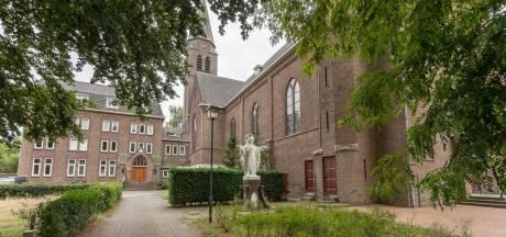 Ideeën én koper gezocht voor Theresiakerk Waspik