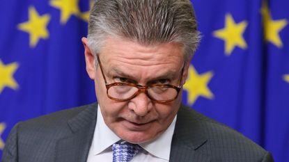 """Karel De Gucht scherp: """"De integratie van vreemdelingen is mislukt, zeker in België"""""""