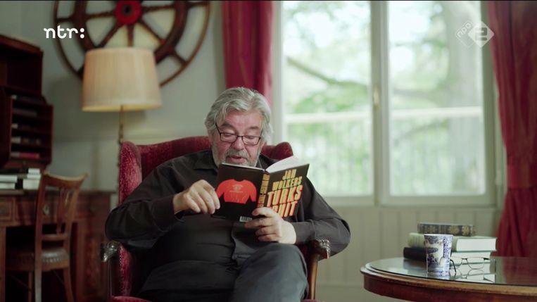 Ook Maarten van Rossem geniet van Jan Wolkers' Turks Fruit.  Beeld