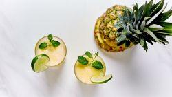 Maak zelf je lekker beautydrankje en dorstlesser