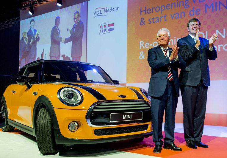 Wim van de Leegte (L), hier met koning Willem-Alexander. Beeld anp