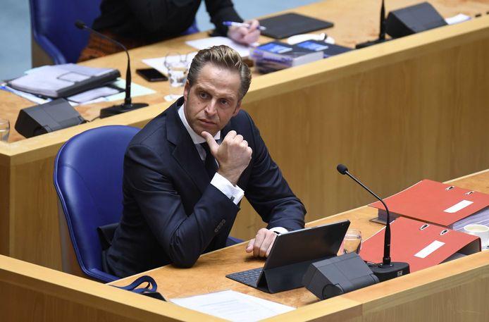 Minister De Jonge (Volksgezondheid) in de Tweede Kamer