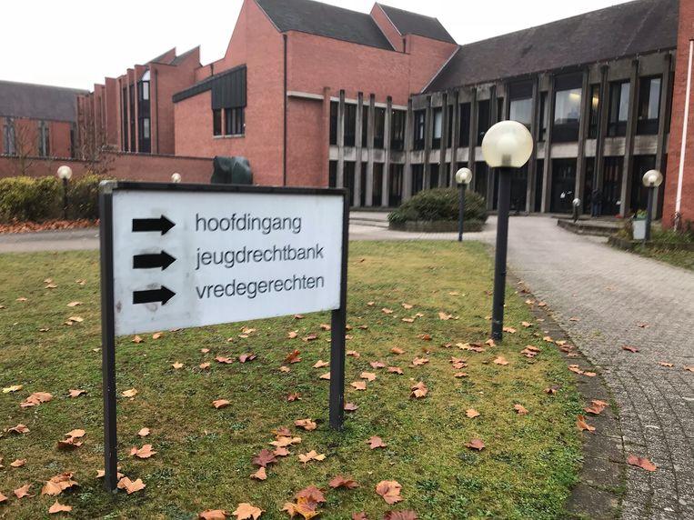 De vrouw werd veroordeeld in de rechtbank van Brugge.