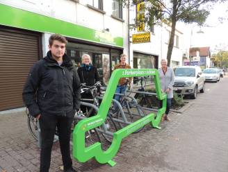 Leerlingen VITO Hoogstraten ontwerpen mobiel fietsenrek voor gemeente Wuustwezel