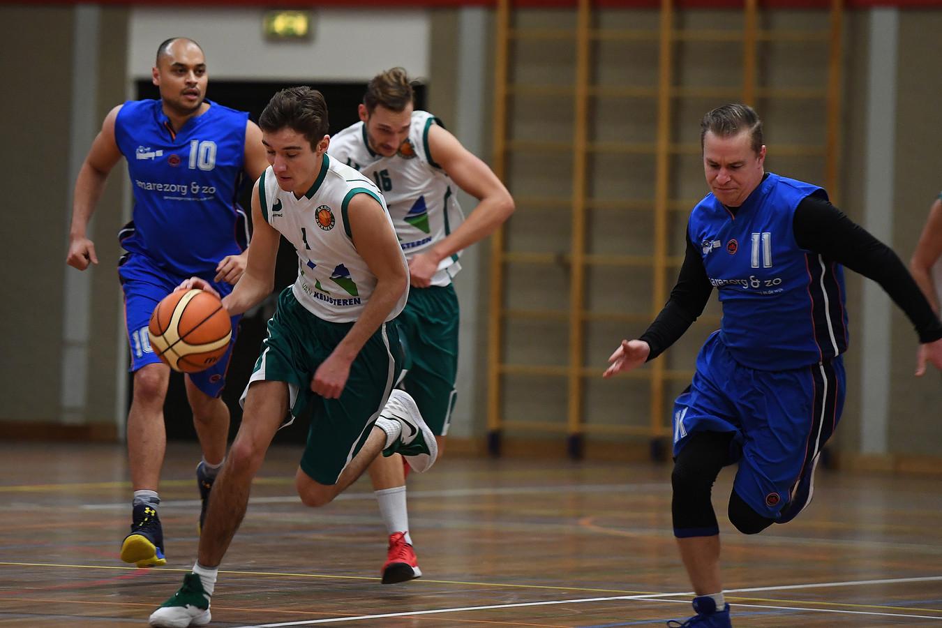 De basketballers van Akros eerder dit seizoen tegen Vlijmscherp.