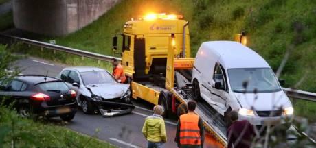Persoon met spoed naar ziekenhuis na ongeluk in Oldenzaal